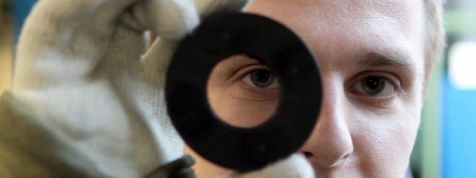 Hier geht es zum Ausbildungsfilm Verfahrensmechaniker Kautschuk- und Kunststofftechnik