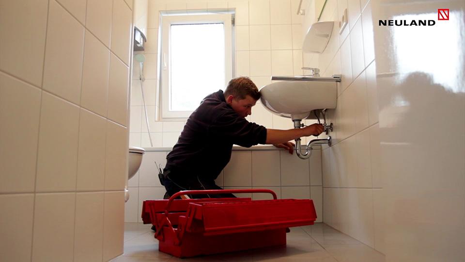 Ausbildung zum Anlagenmechaniker Sanitaer Heizungs Klimatechnik Neuland
