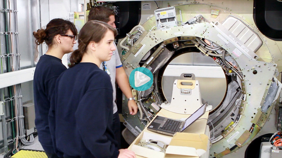 Video Ausbildung Duales Studium Bachelor of Science Fachrichtung Informations- und Elektroniktechnik (FH) mit Facharbeiterbrief Philips Medical Systems DMC GmbH Hamburg