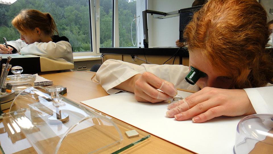 Ausbildung zum Uhrmacher bei Lange & Soehne