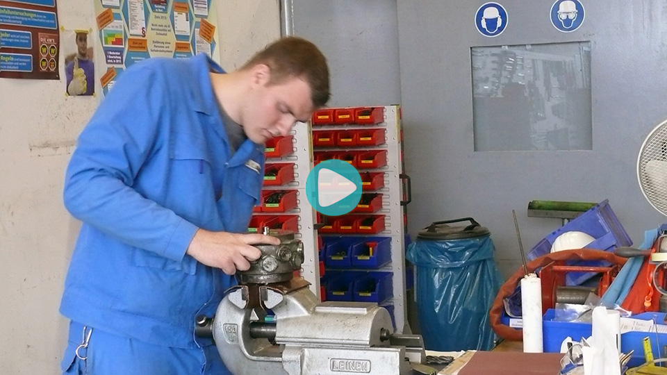 Video Ausbildung Mechatroniker Aurubis AG Hamburg