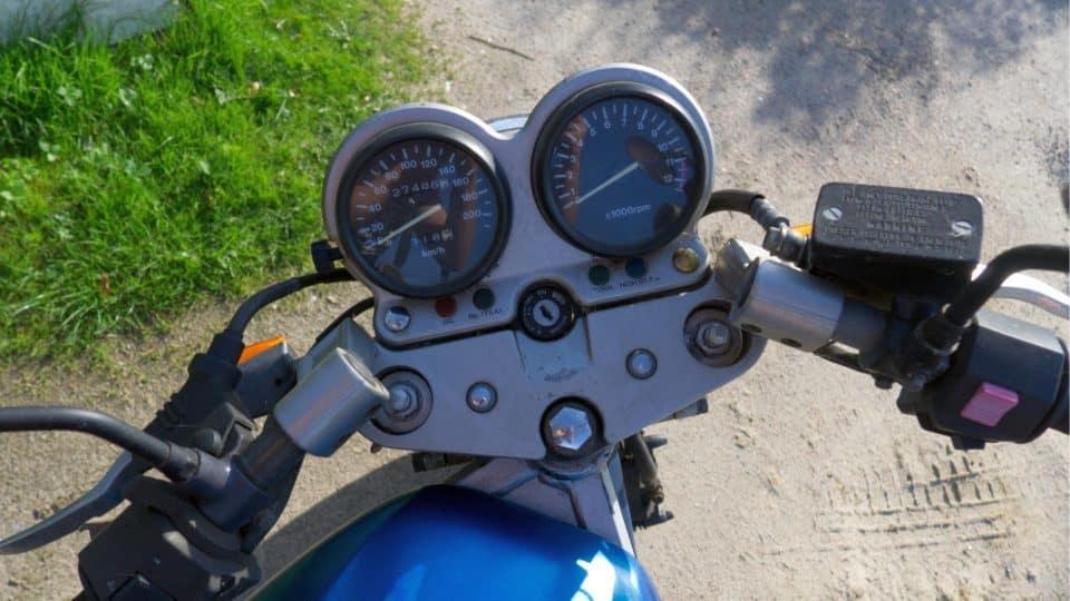 Zweiradmechaniker Fachrichtung Motorrad Lenker Cockpit